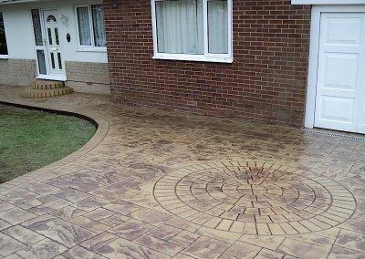 driveway-imprint-circle-ashlar