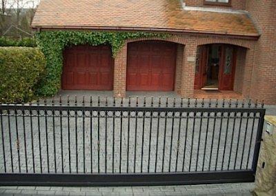 driveway-pattern-imprint-gate-cobble