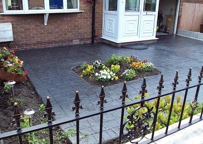 driveways-cobble-cut-out-feature-imprinted