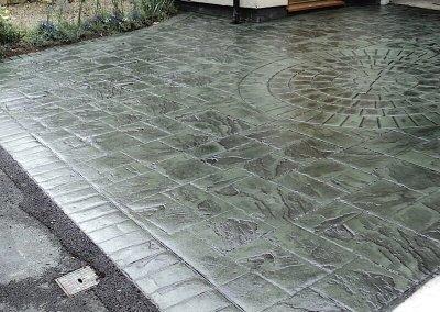 driveways-pattern-imprinted-concrete-green