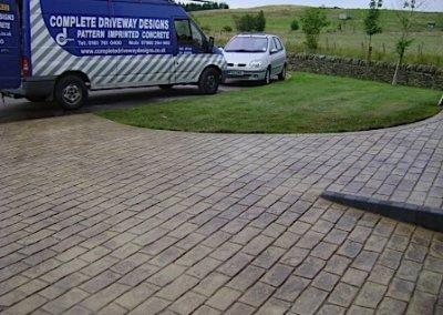 steadman-buff-driveway-cobbles-concrete