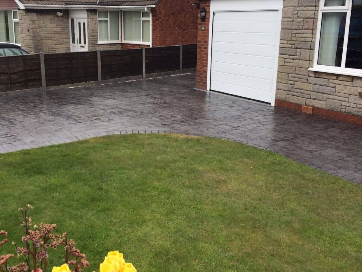 Greenmount_Imprinted_Concrete_Driveway