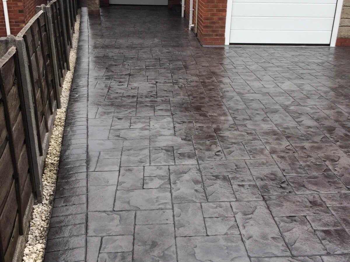 Pattern_Imprinted_Brick_Border_Greenmount